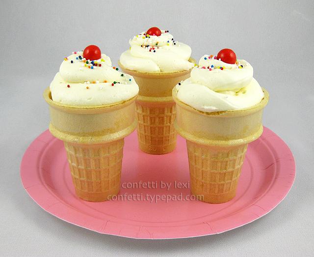 Icecreamconecupcakes2